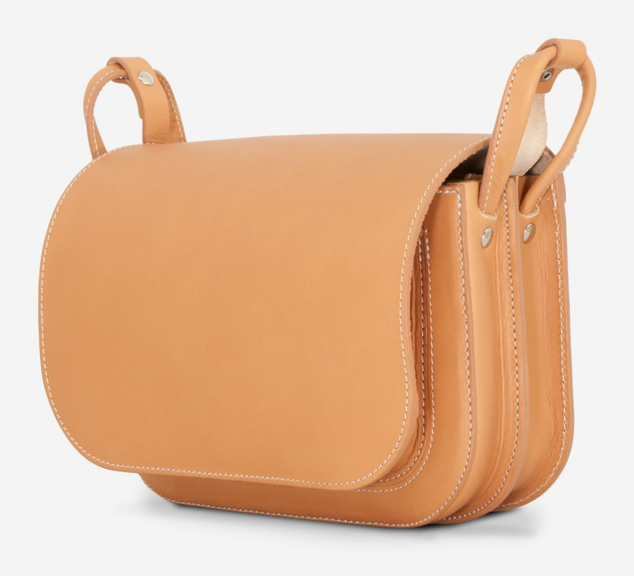 Side of the vegetable tanned leather shoulder bag for women with 2 compartments.