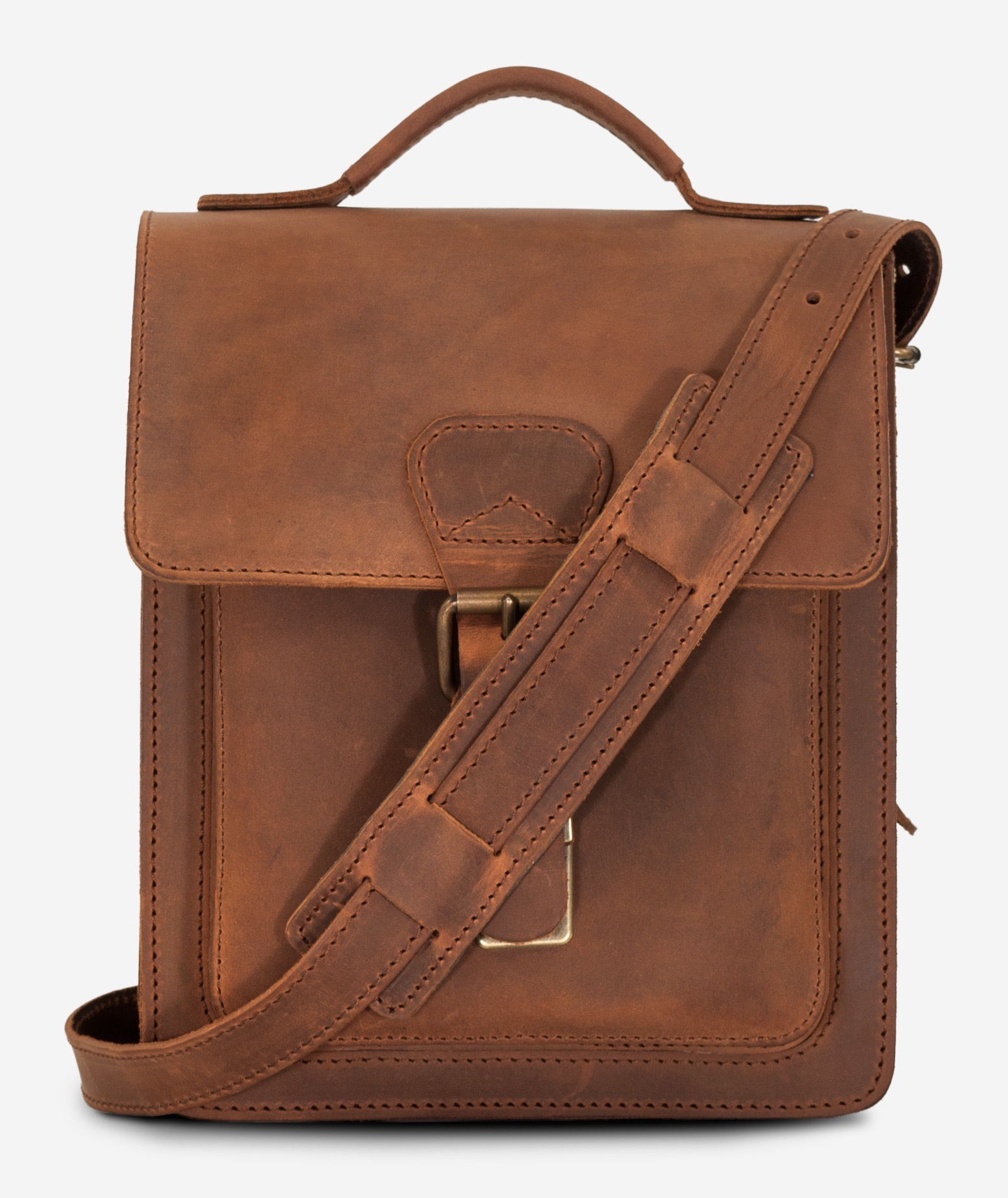 b4bbd6f845a8 Front view of the handmade vegetable-tanned brown leather crossbody bag for  men.