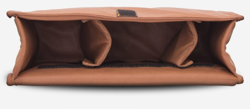 Removable leather insert for Ruitertassen camera bag.