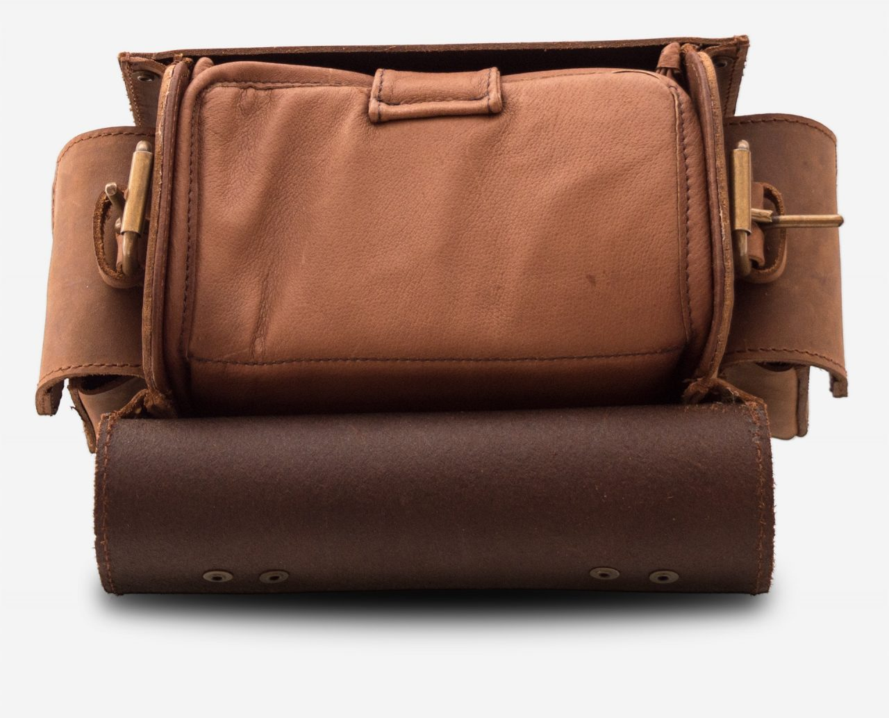 Open brown leather camera bag 733104.