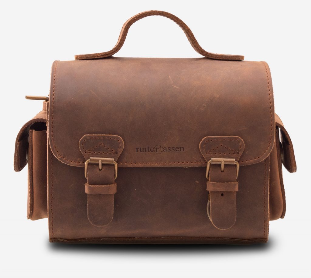 Front view of handmade brown leather camera bag 733104.