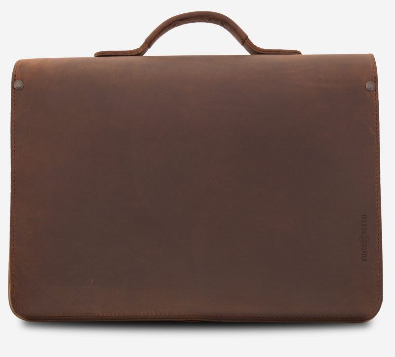 Back view of the student brown leather satchel with Ruitertassen logo.