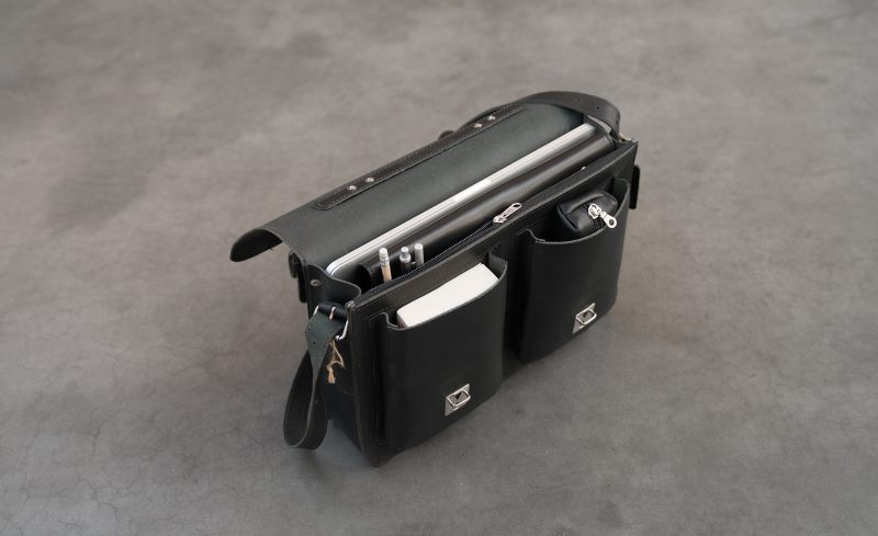 Open black leather satchel briefcase with front pockets 112131.