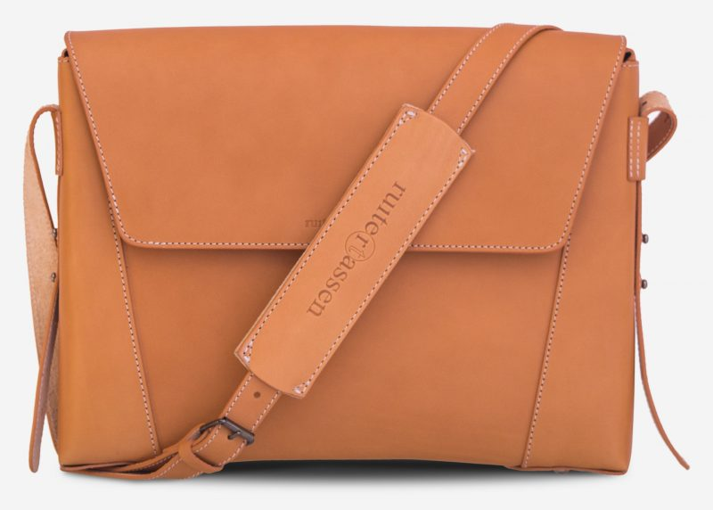 Front view of the vegetable tanned leather slim briefcase bag with shoulder strap - 102176.