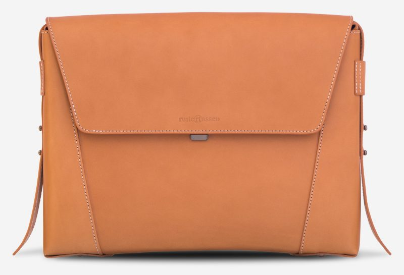 Front view of the vegetable tanned leather slim briefcase bag - 102176.