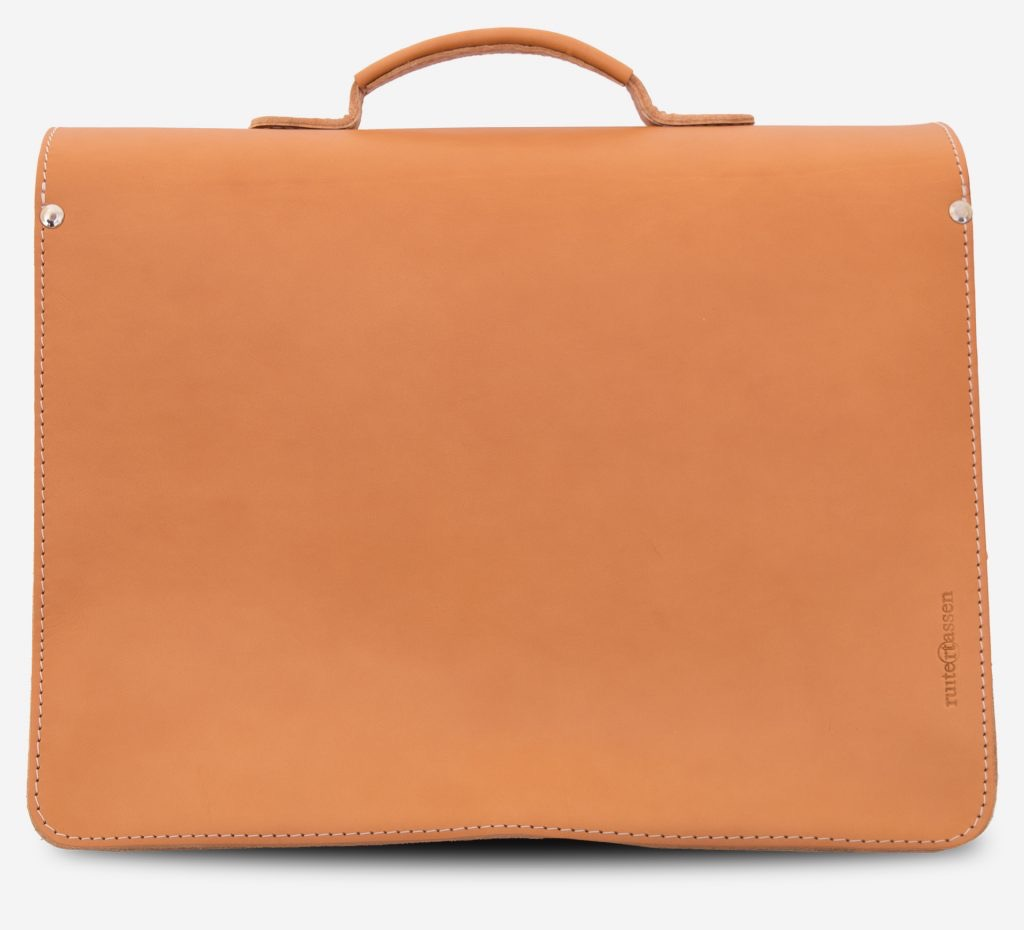 Back view of the tan leather satchel for professor with Ruitertassen logo.