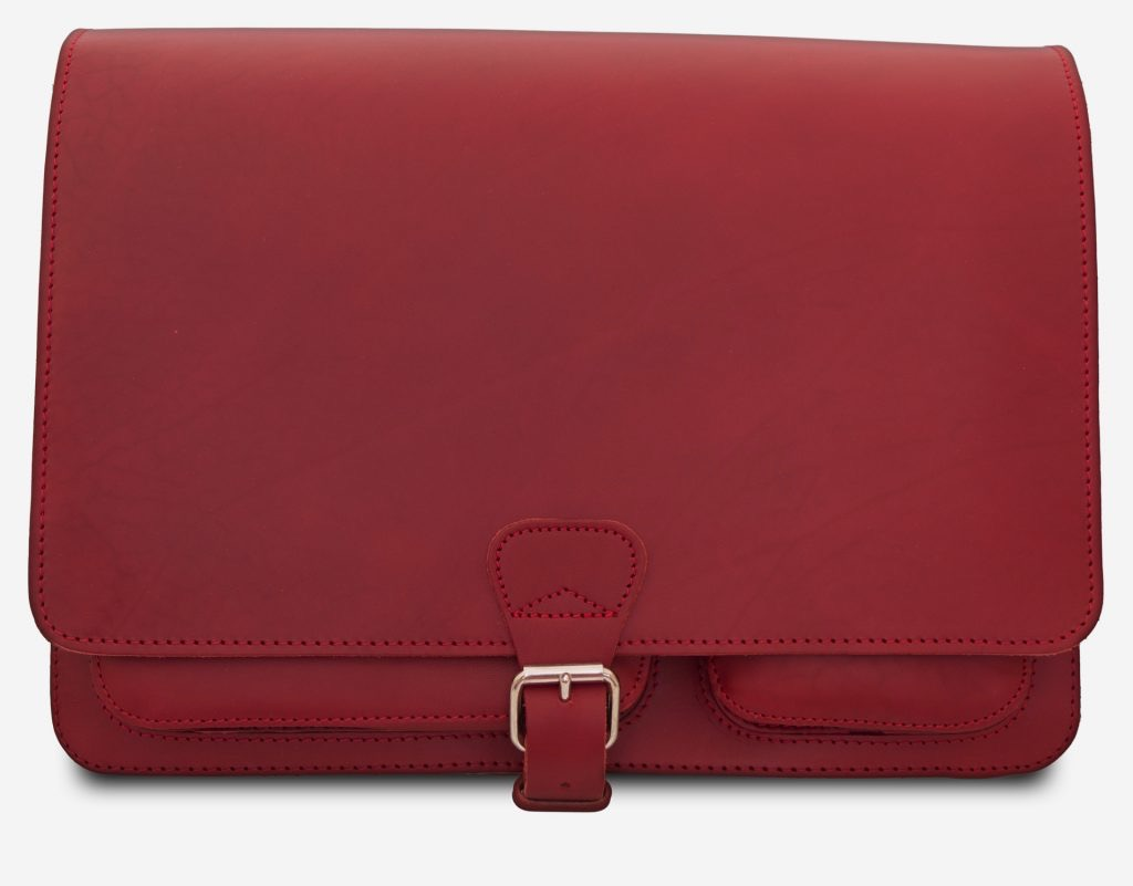 Front view of large red leather messenger bag with 2 gussets and asymmetric front pockets for women - 152537.