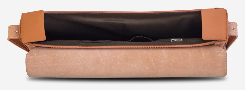 Inside view of the vegetable tanned leather slim briefcase bag - 102176.