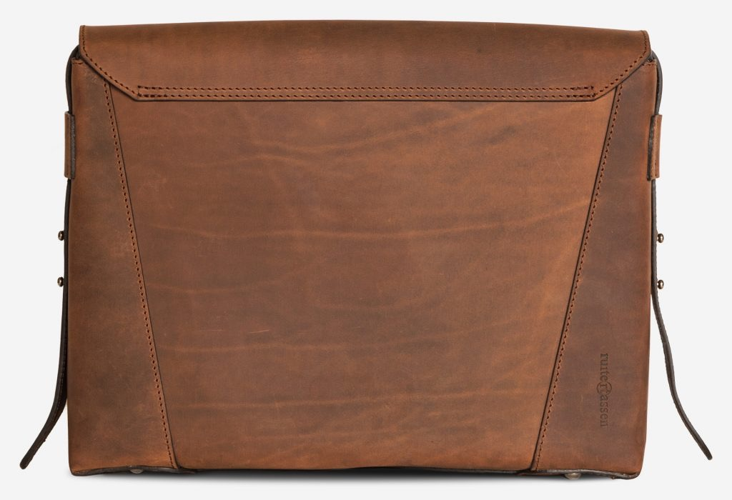 Back view of the slim vegetable-tanned brown leather briefcase bag.