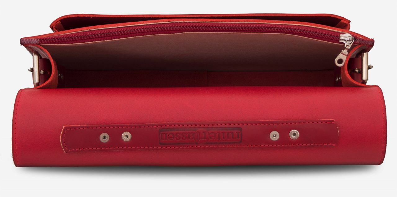Inside view of red leather briefcase bag with 1 compartment for women - 152103.