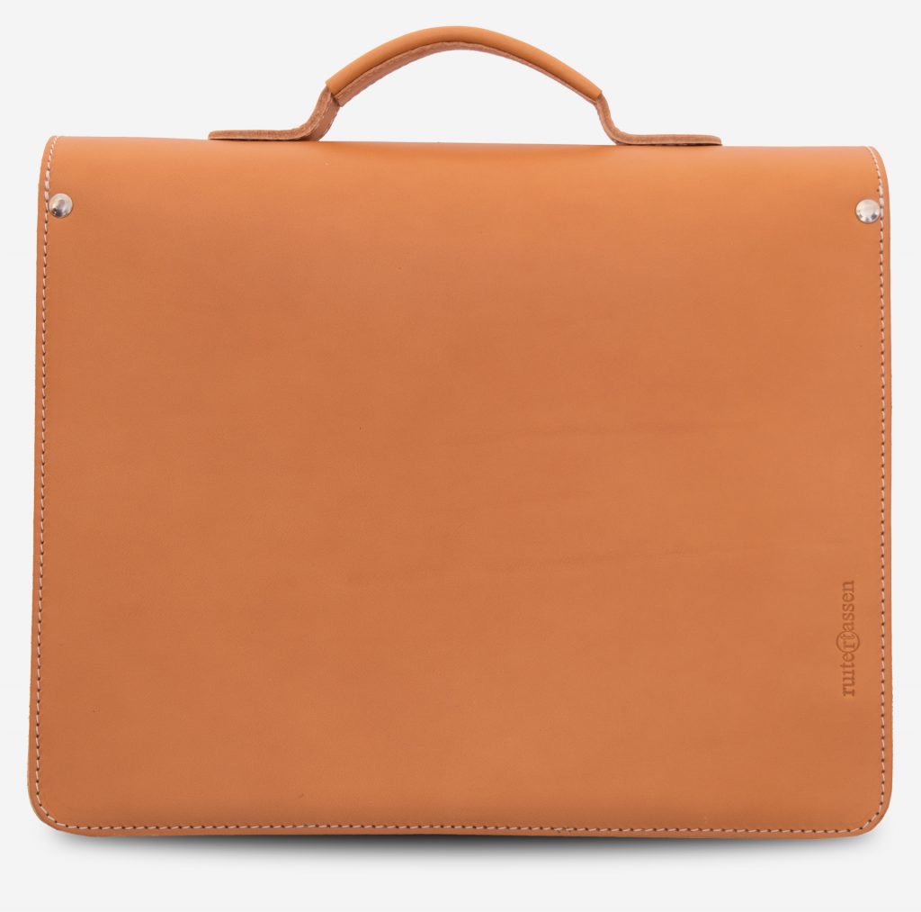 Back view of the tan leather briefcase with the Ruitertassen logo.