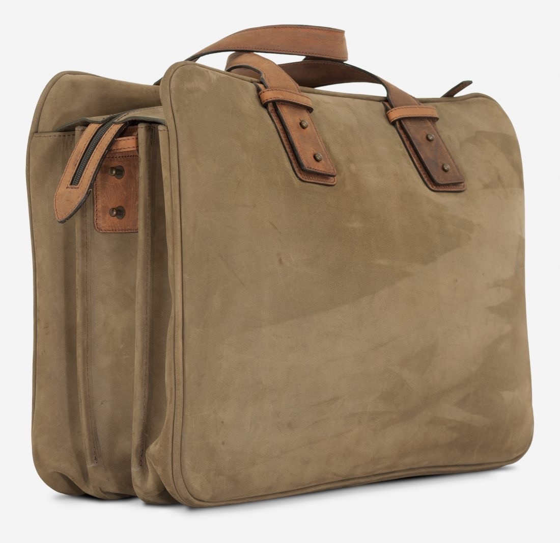 """Back side view of the 17"""" soft leather cabin weekend bag for men."""