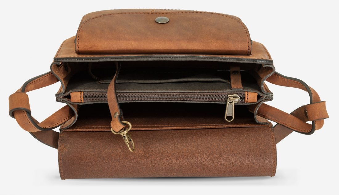Inside view of the handmade brown leather shoulder bag for women.