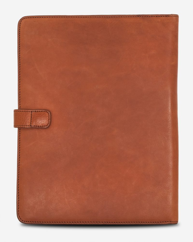 Back of the luxury vegetable tanned leather A4 folio.