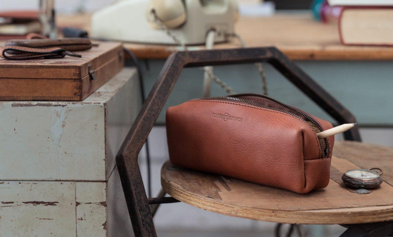 Elegant leather pencil case.