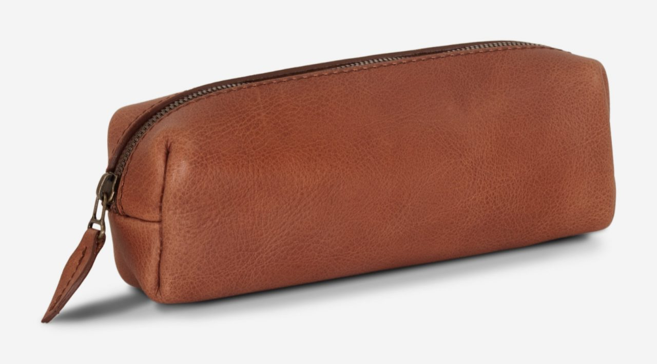 Brown leather pencil case.