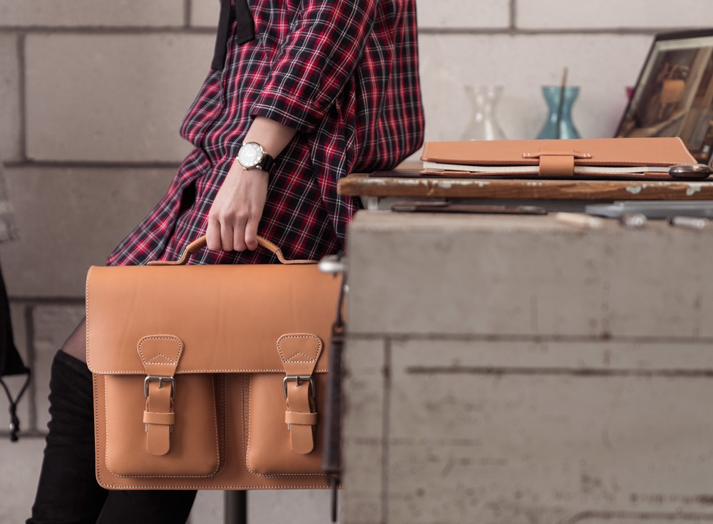 Professional satchel bag for women