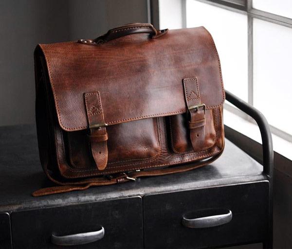 Brown vintage leather satchel.