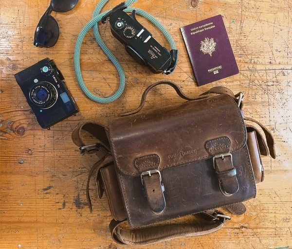 small-vintage-leather-camera-bag