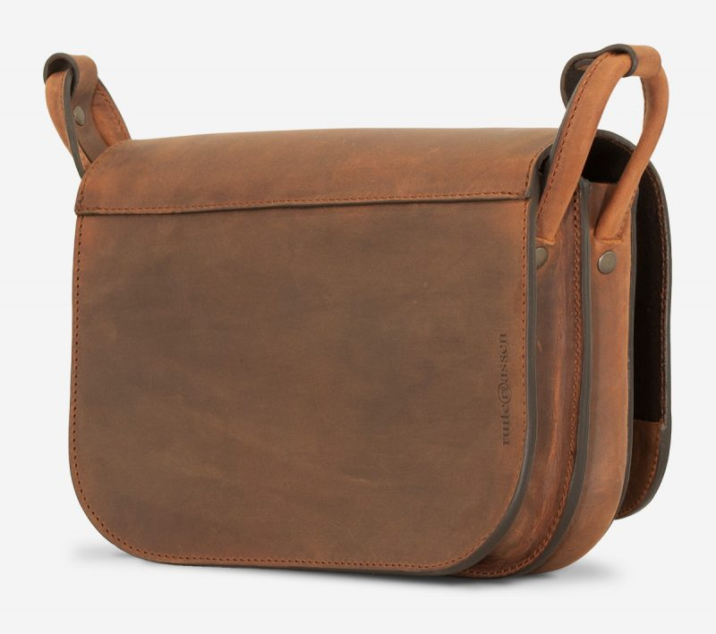Back view of brown leather saddlebag.