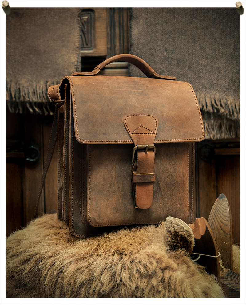 Beautiful and durable brown leather messenger bag.