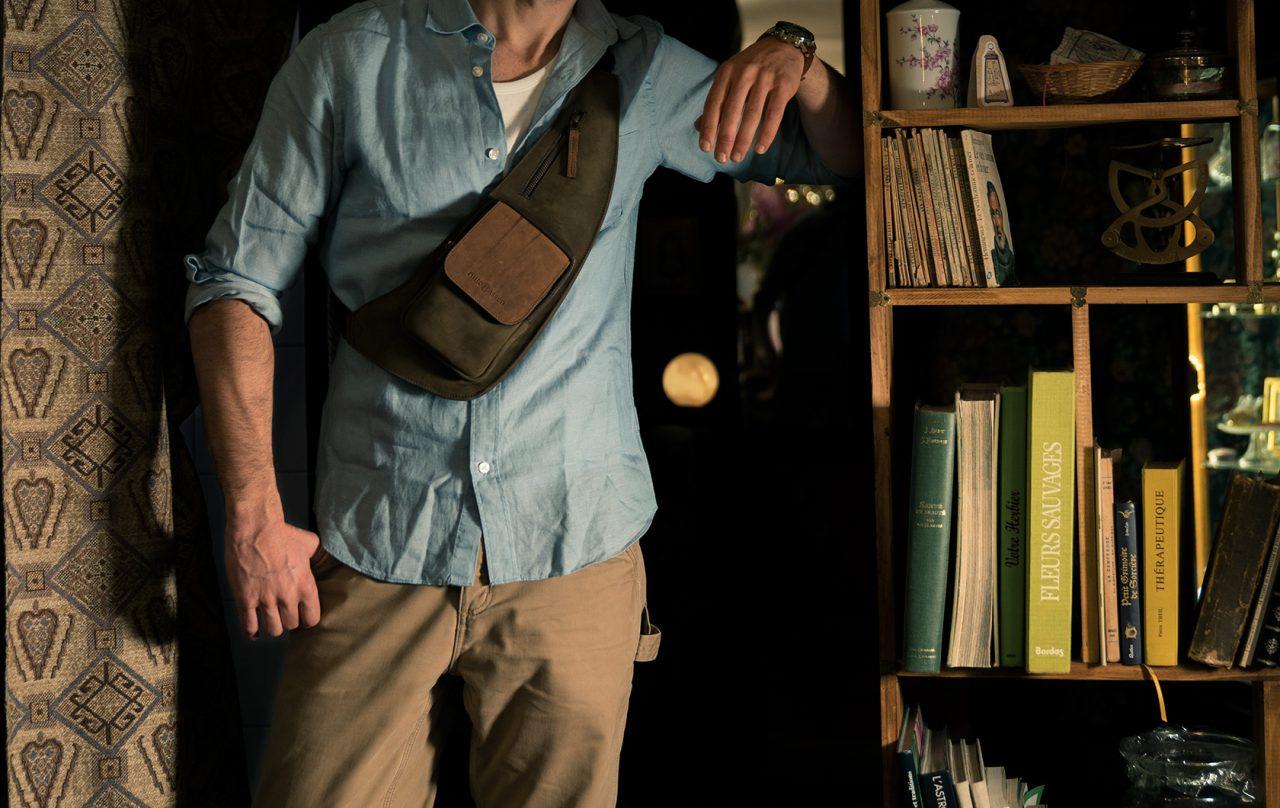 Mens sling leather bag.