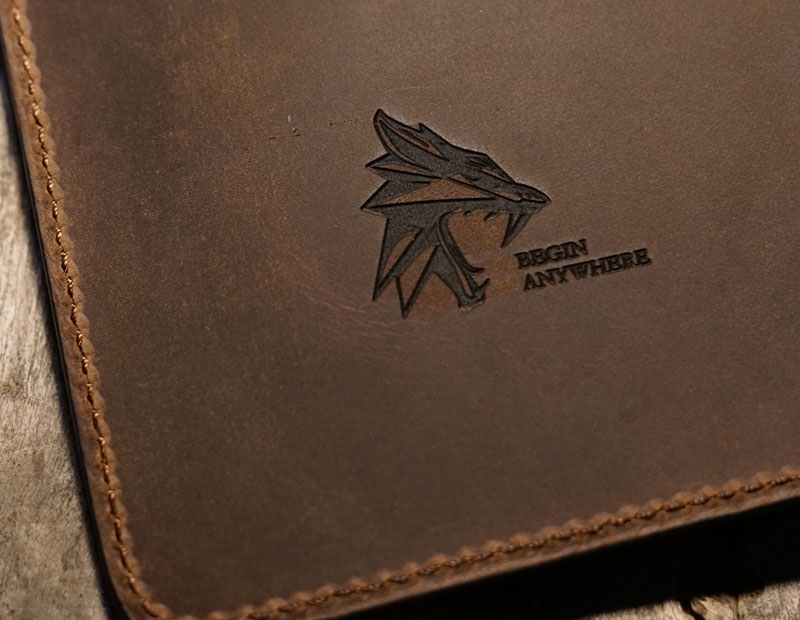Personalised vegetable-tanned leather agenda cover.