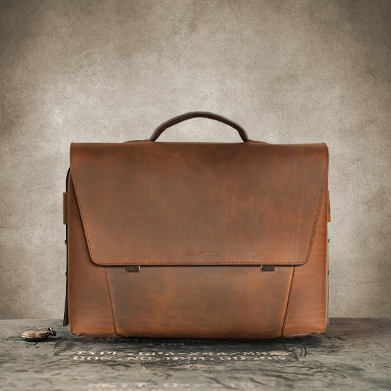 Best briefcase in vegetable-tanned leather.